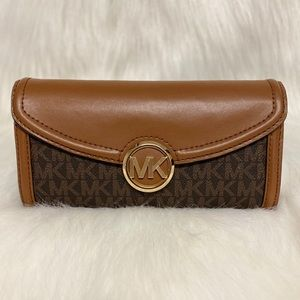 🤎LARGE FULTON FLAP CONTINENTAL WALLET